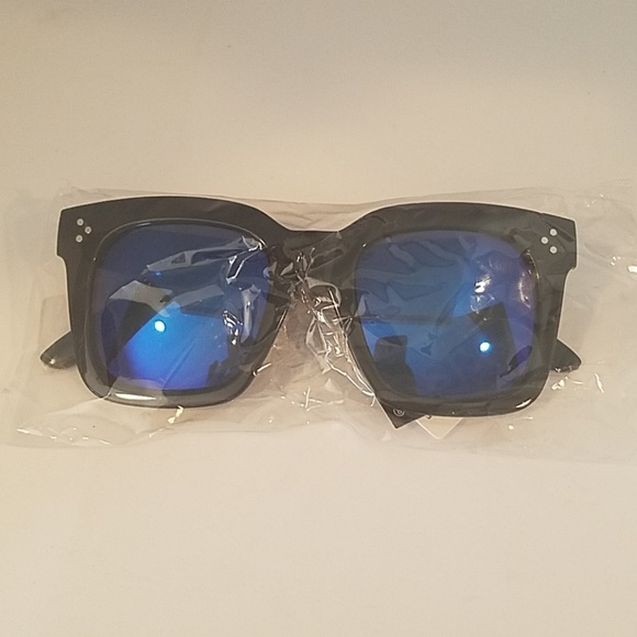 Kiss Other - LARGE SQ Black Frame BLUE mirror leNS NEW